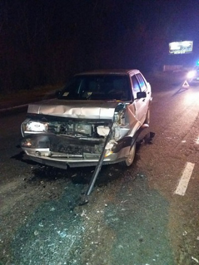 Причиною аварії стало недотримання дистанції та перевищення швидкості