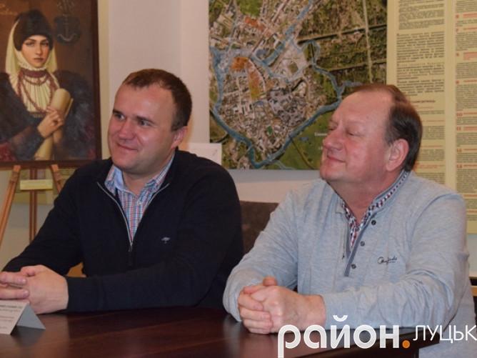 Луцький депутат Петро Нестерук долучився до акції «Подаруй музею твір»