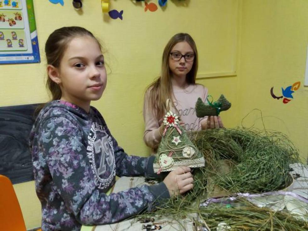 Творча студія «Арт Бедрик» запрошує дорослих та дітей на МК «Новорічна еко-іграшка з лісової трави»