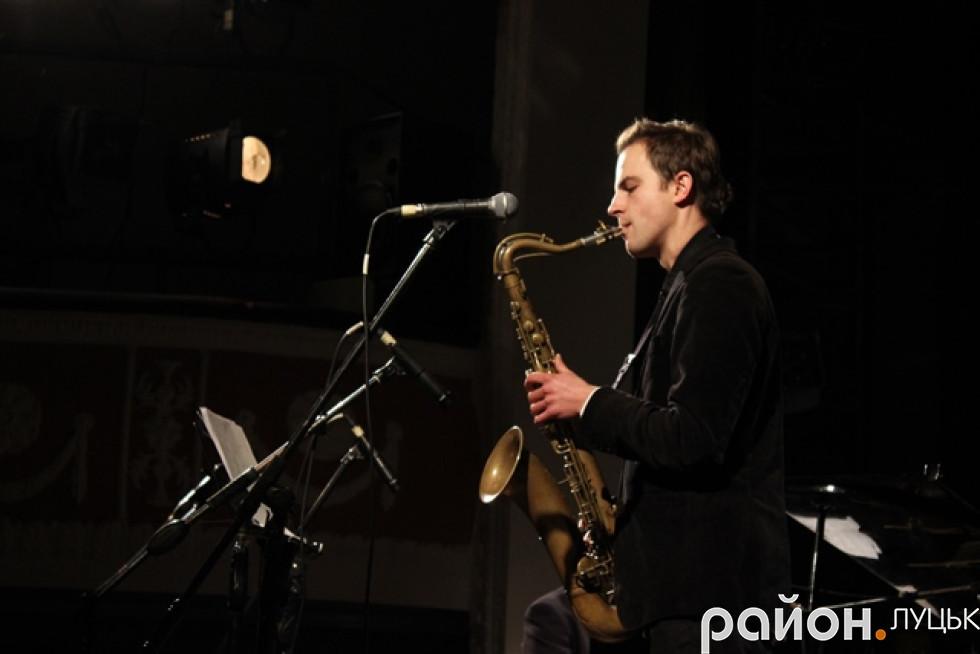 Польський колектив виступав у супроводі саксофону