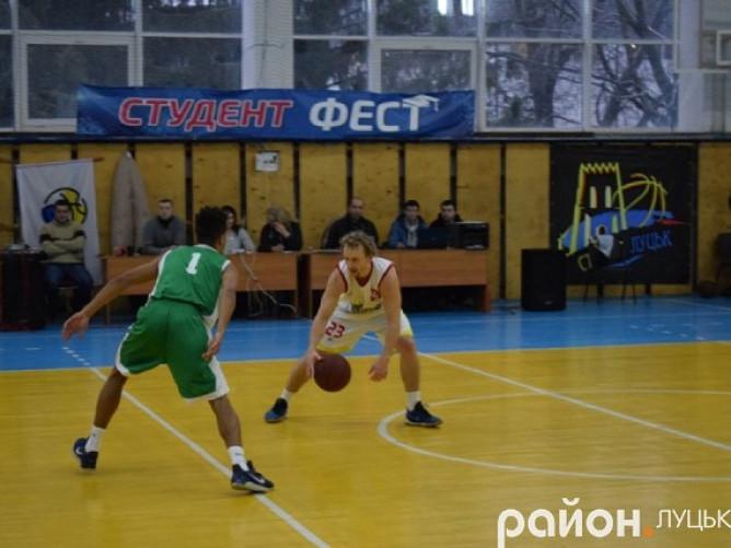 Капітан команди Едуард Федчук у двох поєдинках був серед кращих на майданчику