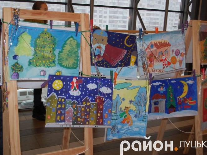 У Луцьку проходив конкурс «Різдвяне диво»