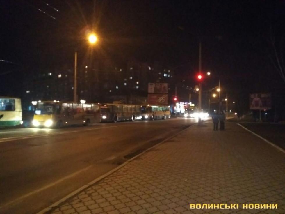 Призупинили рух тролейбусів