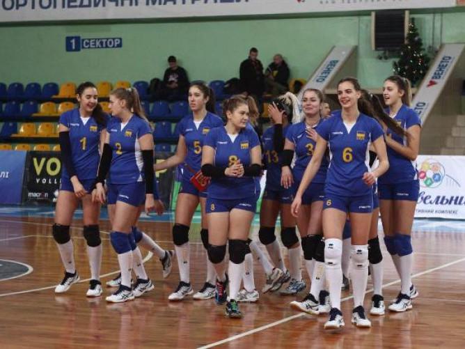 Жіноча збірна України (U-19) з волейболу