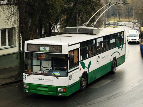Тролейбус №4