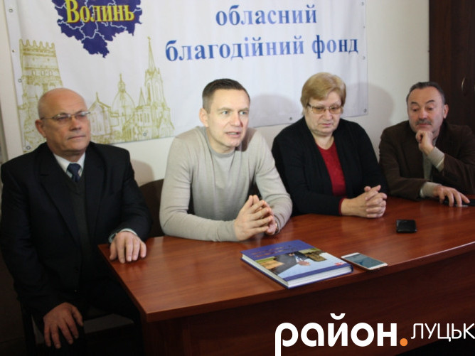 Перше засідання щодо роботи над книгою про В'ячеслава Хурсенка