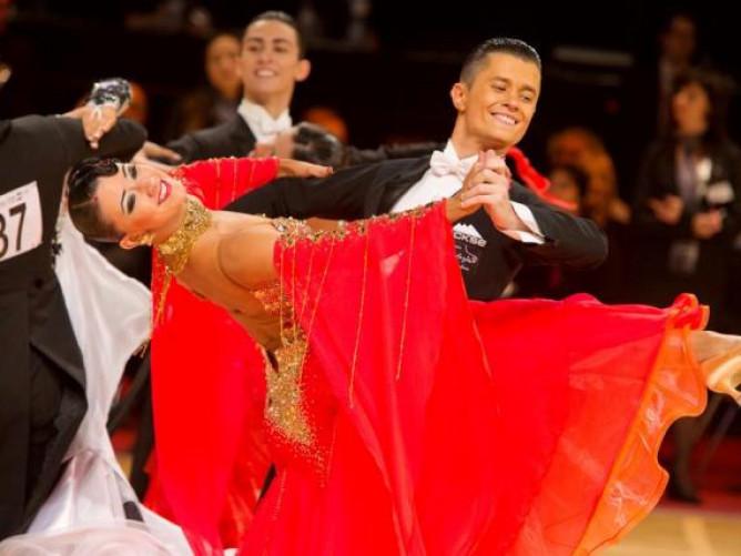 Спортивні бальні танці