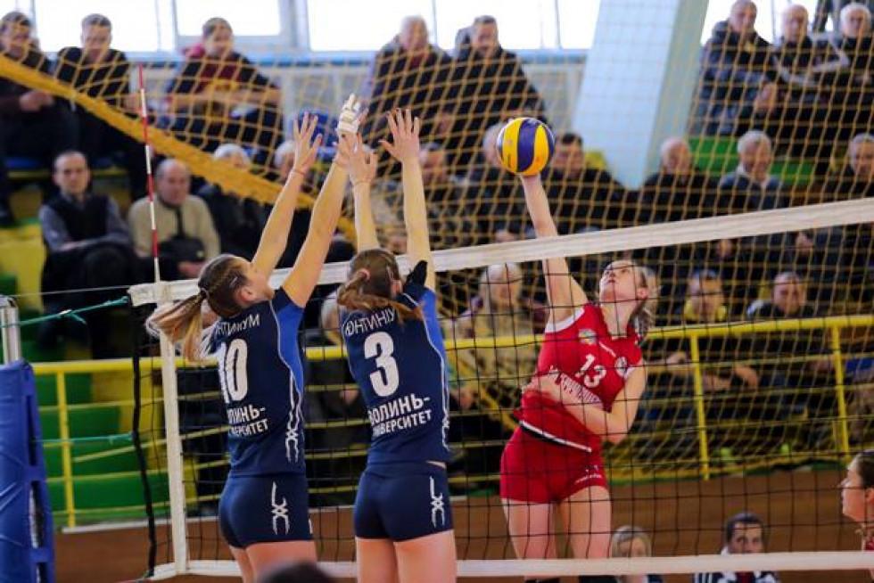 Без замін луцькі волейболістки не витримали фінального натиску «Галичанки»