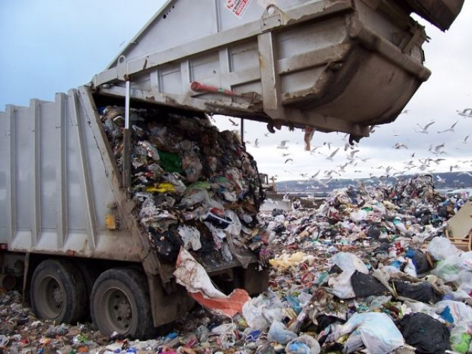 У Луцьку облаштують лінію переробки сміття