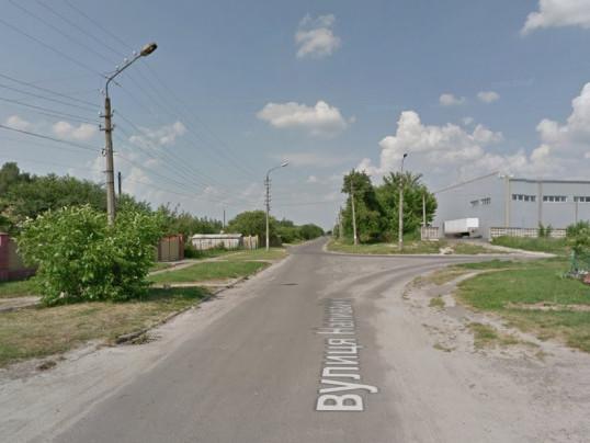 На вулиці Наливайка немає тротуару