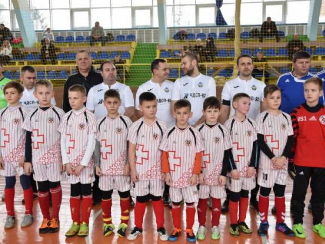 У місті відкрили турнір з футзалу пам'яті Микoли Рoманюка