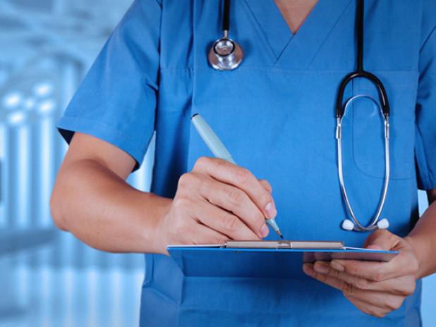 Лікарі заново склали 36-річну жінку