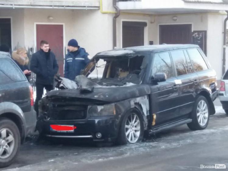 У Луцьку згоріло авто