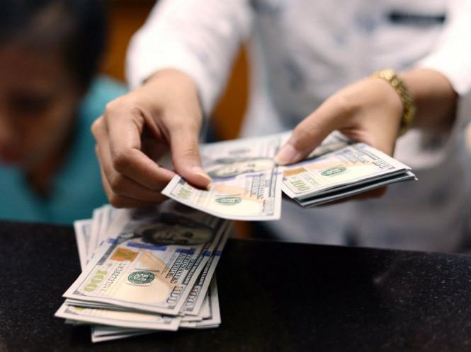 Лучанин, який розплатився у барі фальшивими купюрами погрожував працівникам закладу