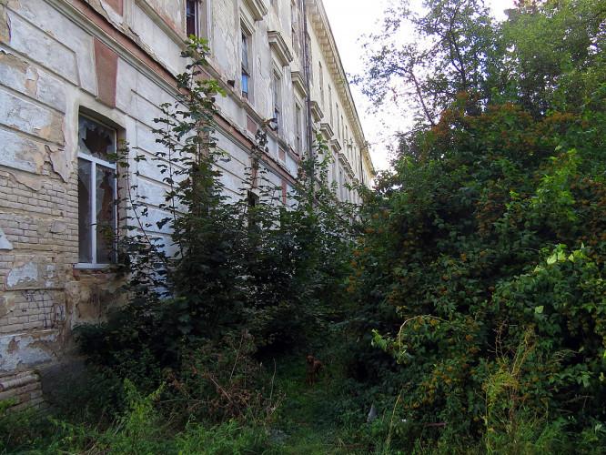 Колишня будівля луцького госпіталю сьогодні