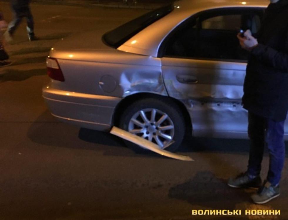 «Opel»  їхав на «червоне» світло