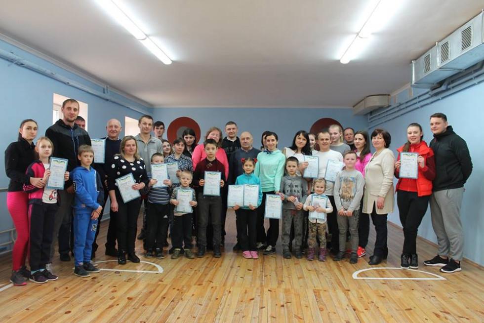 Учасники змагань, які відбулися в селі Баїв
