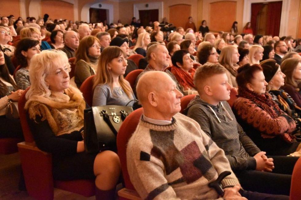 Послухати майбутніх музикантів прийшло кілька сотень гостей