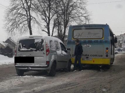 ДТП на Львівській