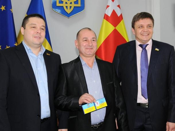 Трійця депутатів, які вийшли з партії