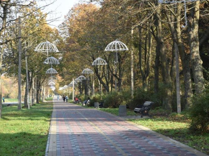 У парку імені Лесі Українки немає туалетів
