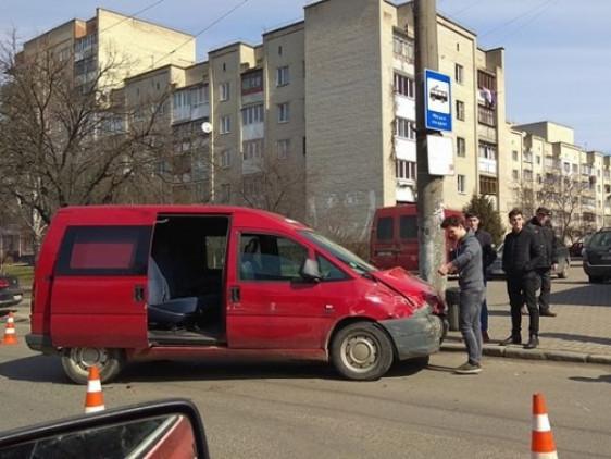 У Луцьку - ДТП
