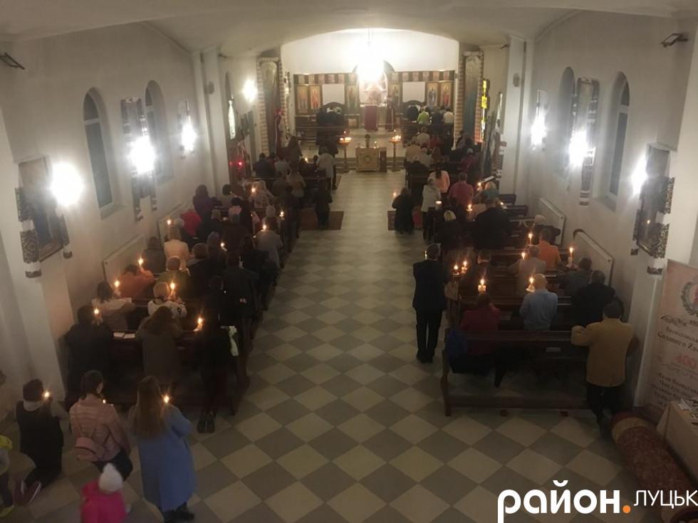 Богослужіння в Луцькому монастирі святого Василія Великого УГКЦ