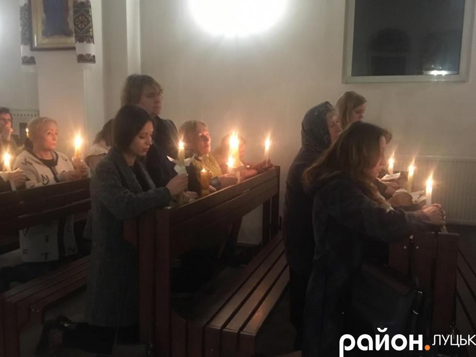 Вірні Луцького монастиря святого Василія Великого УГКЦ