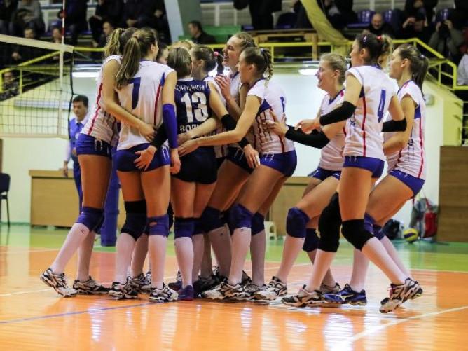 Луцькі волейболістки взяли «срібло» чемпіонату вперше за п'ять років