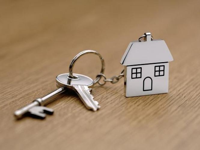 Люди хочуть мати ключі від власних домівок
