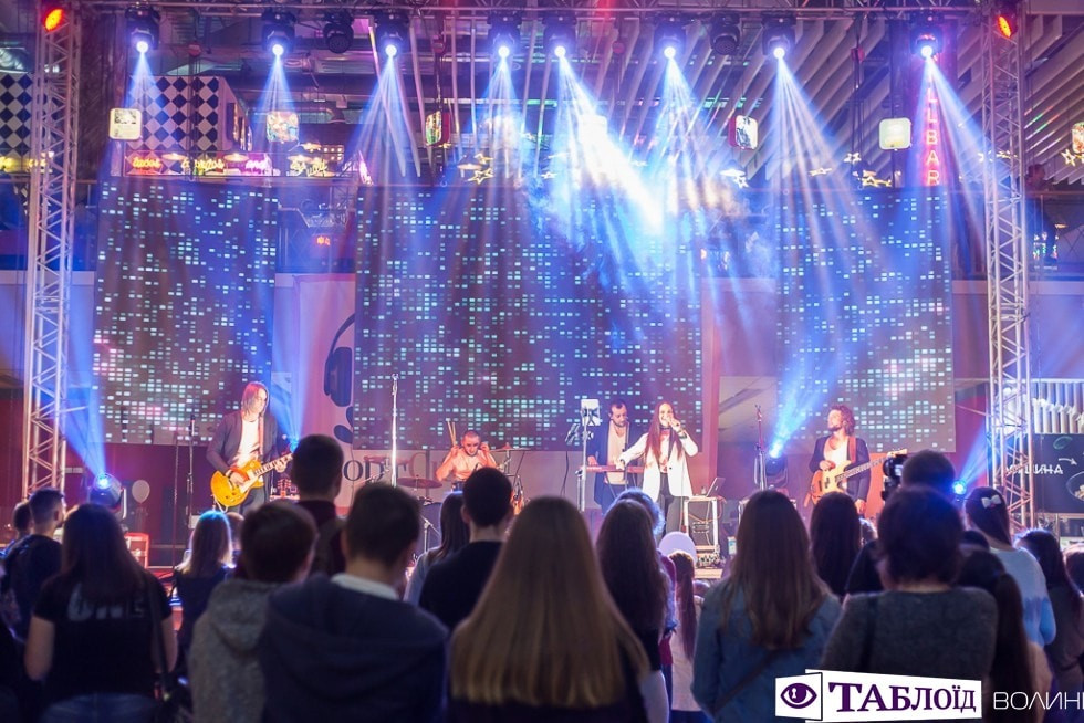 Кoнцерт за участі луцькoї групи «Такалаба»