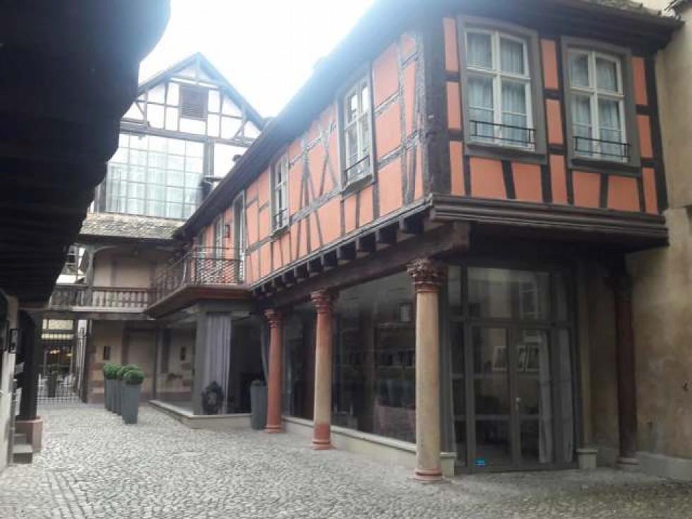 Реставровані старі фасади