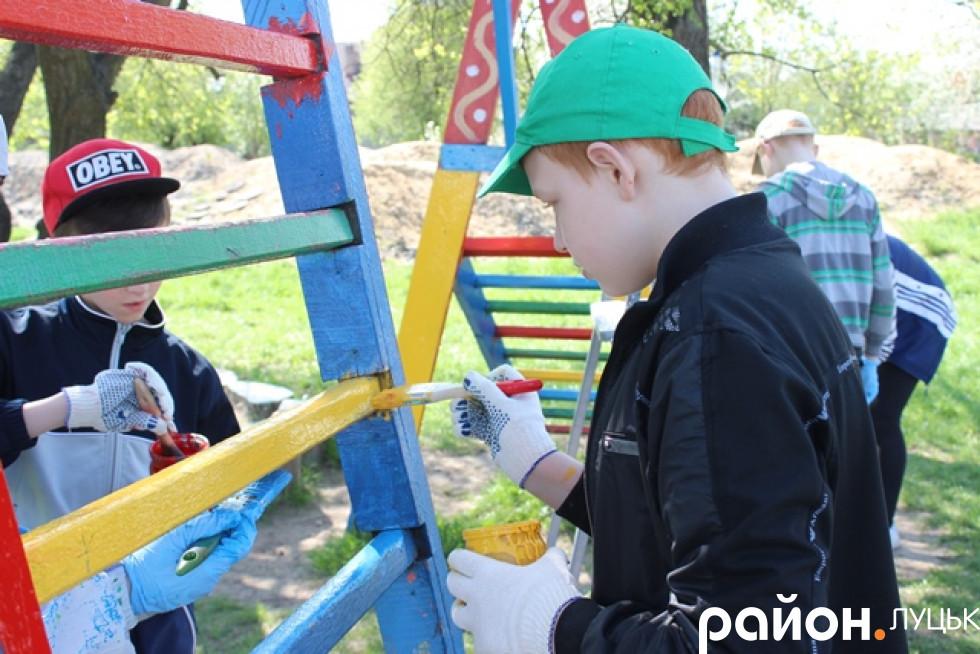 Діти підходять до завдання з креативом
