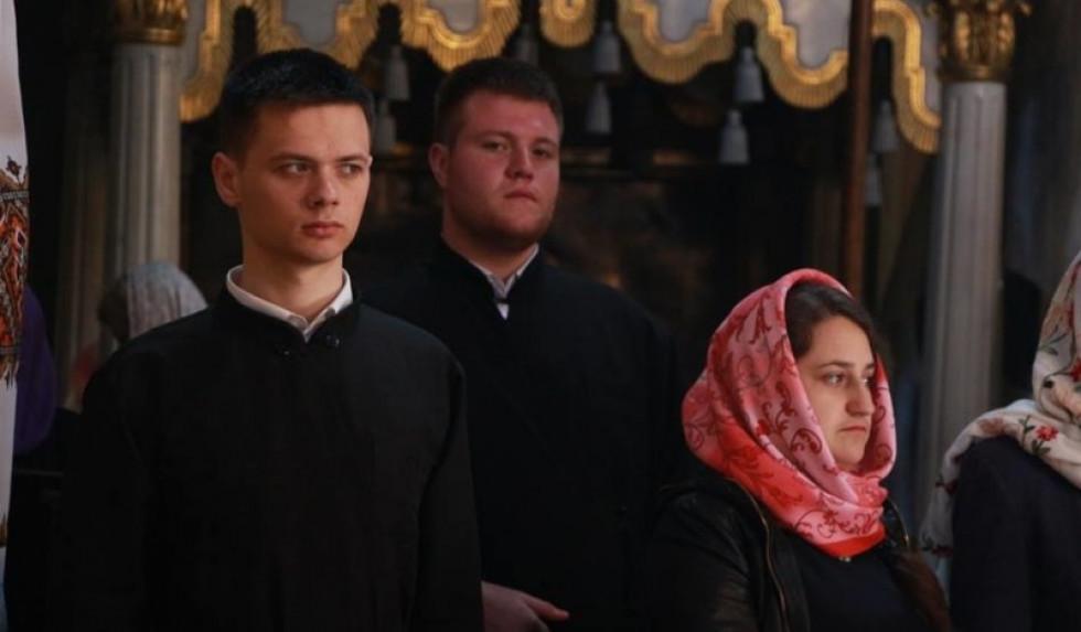 Духовенство й віряни під час Богослужіння