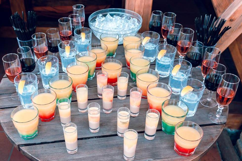 Гості куштували яскраві напої