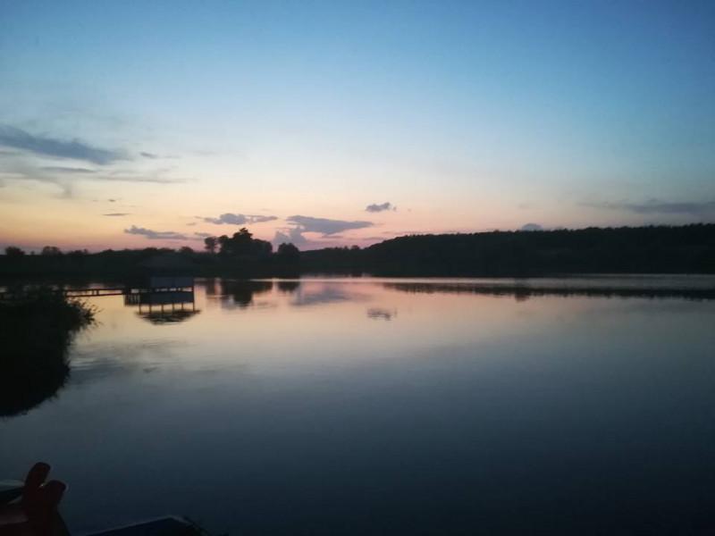 Озеро в селі Сирники Луцького району