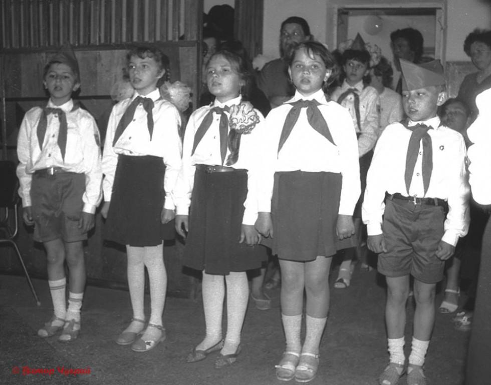 Діти вшановують пам'ять ветеранів війни