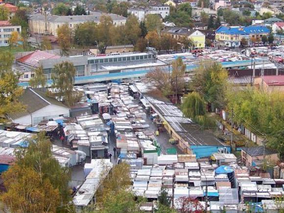 Центральний ринок Луцька з висоти