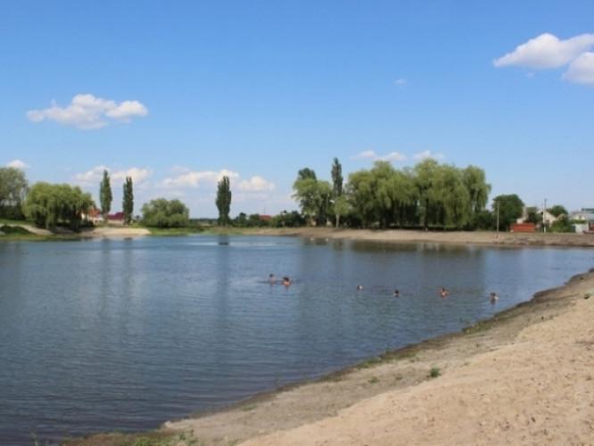 У Луцьку визначили місця масового відпочинку на воді