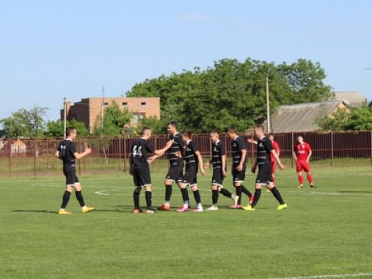 Гравці «ЛСТМ» поки що не втрачали очок у чемпіонаті області