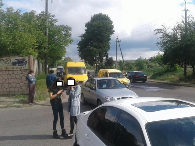 ДТП на перехресті Карпенка-Карого та Декабристів