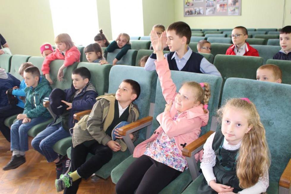 Школярі активно брали участь в обговореннях