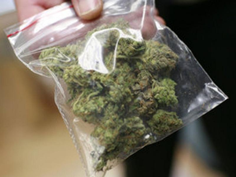 Наркотики у Луцьку