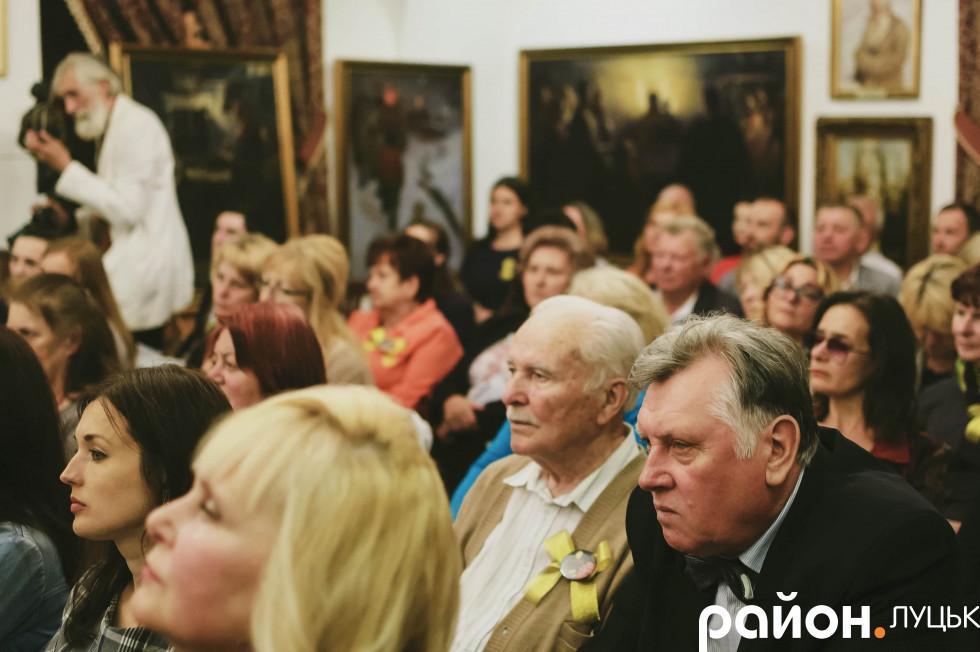 Глядачі затамували подих, спостерігаючи за виставою