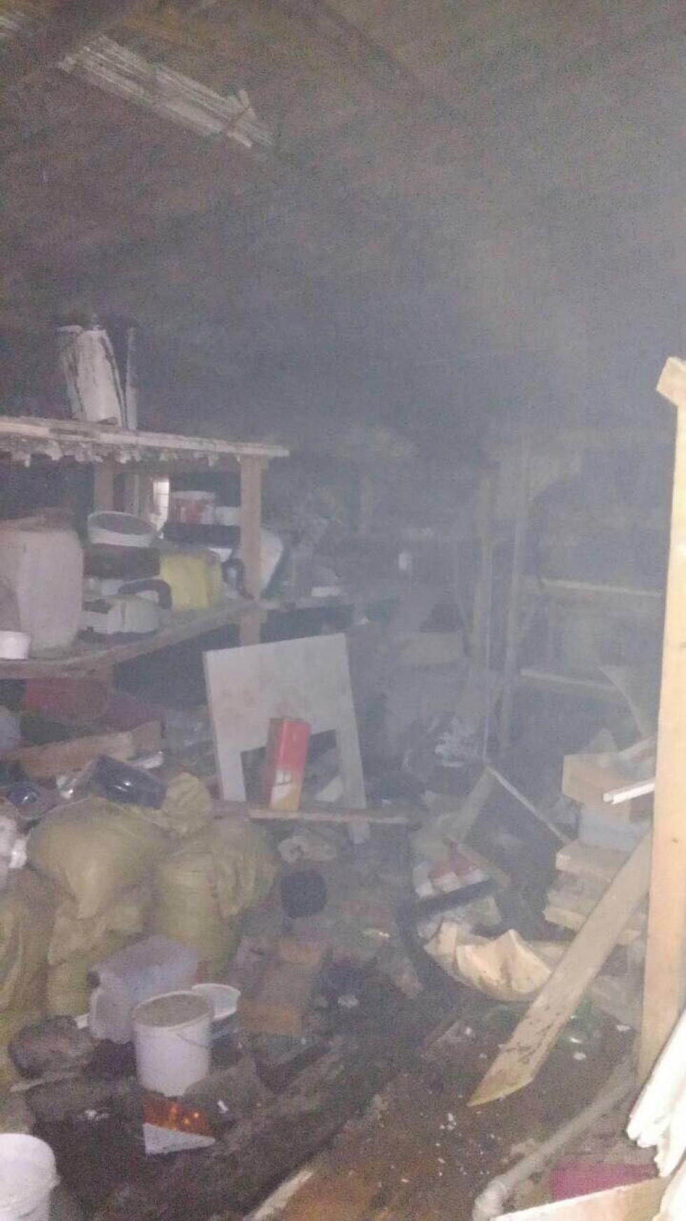 Складське приміщення після пожежі