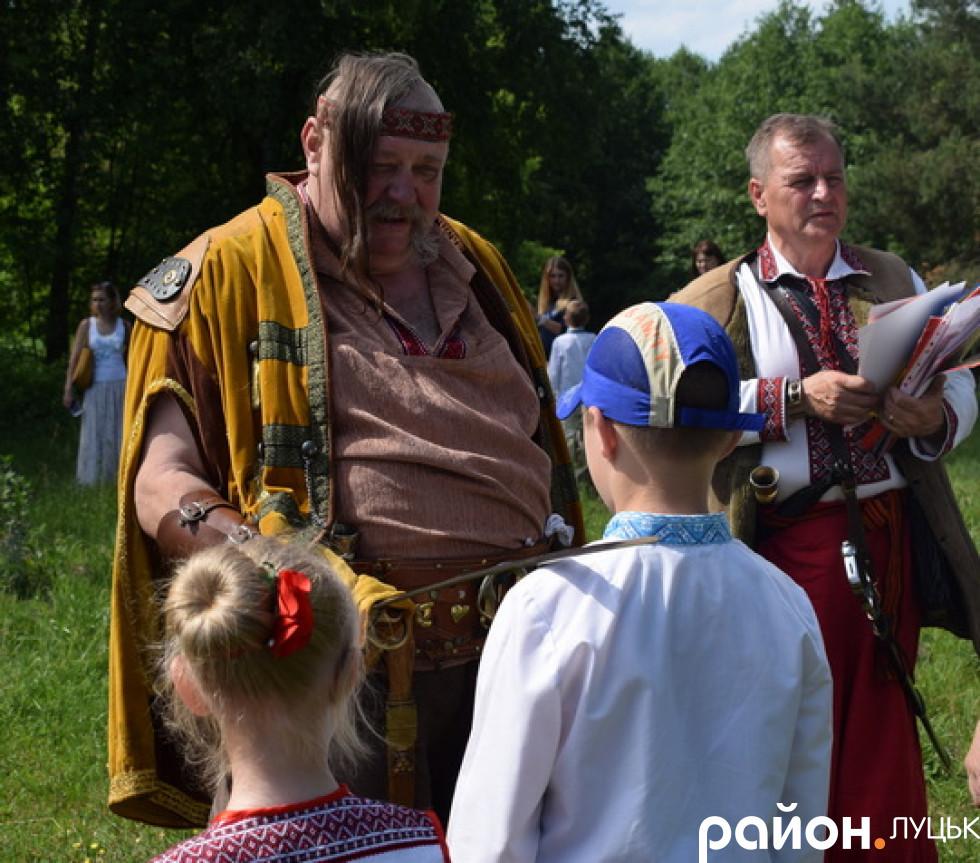 Посвята школярів у козачата