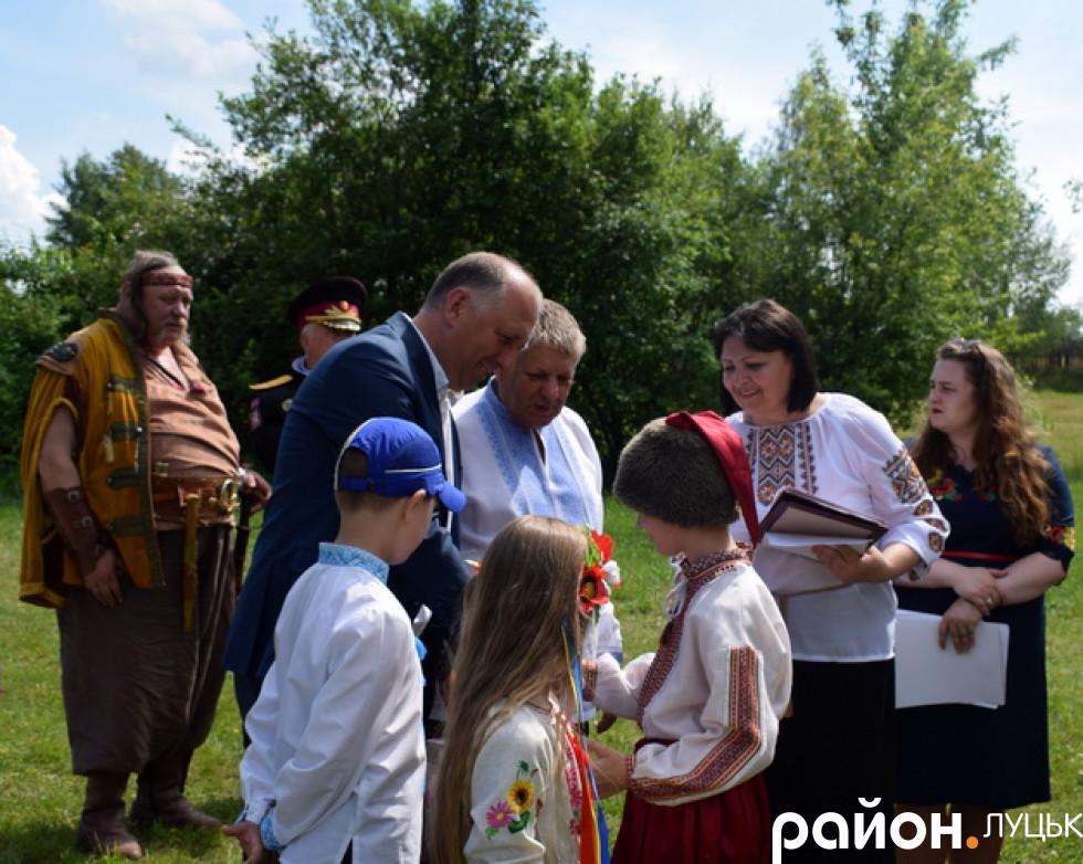 Польські гості вручили подарунки козачатам
