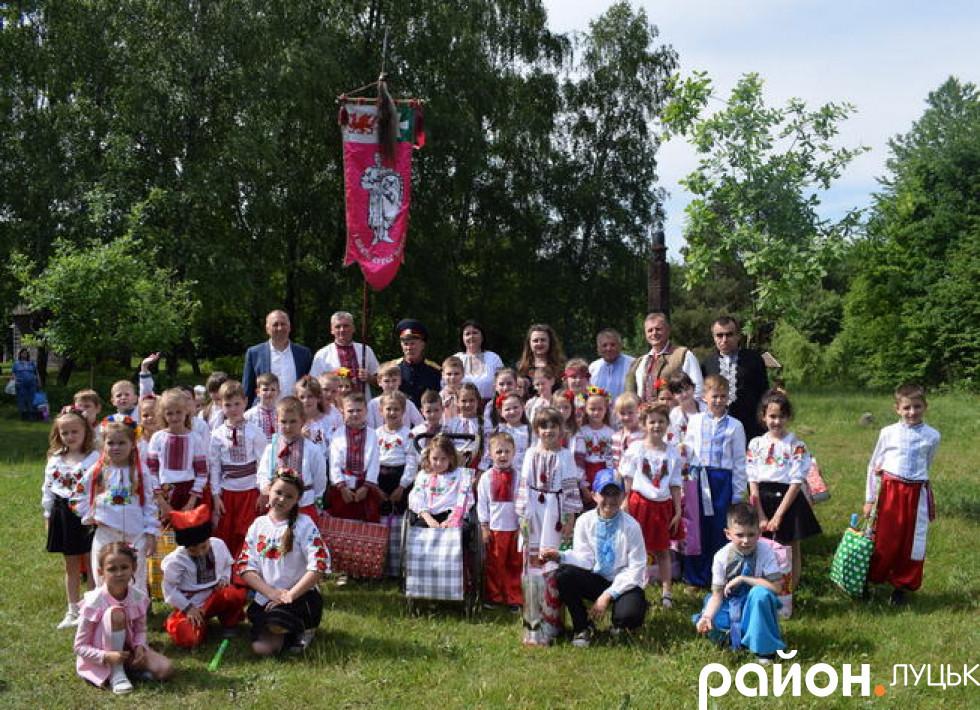 Обидві луцькі школи працюють над проектом «Козацькому роду нема переводу»