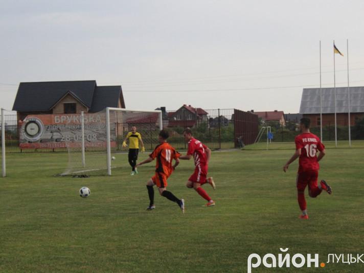 Влітку 2017-го року «Ласка» у Боратині переграла «Ковель-Волинь» (2:0)