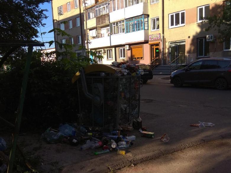 Неприбране сміття